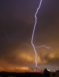 Lightning strikes kids in Joburg