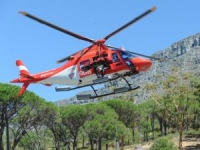 Heat-afflicted tourists airlifted from Table Mountain