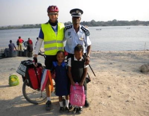 cycling-to-solarise-africa