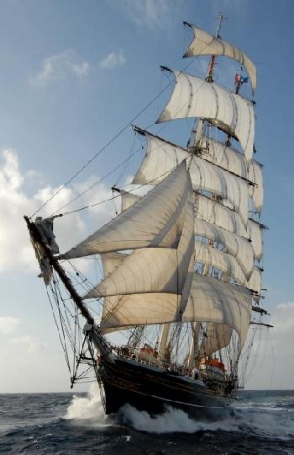 darwin-sails-again-for-science