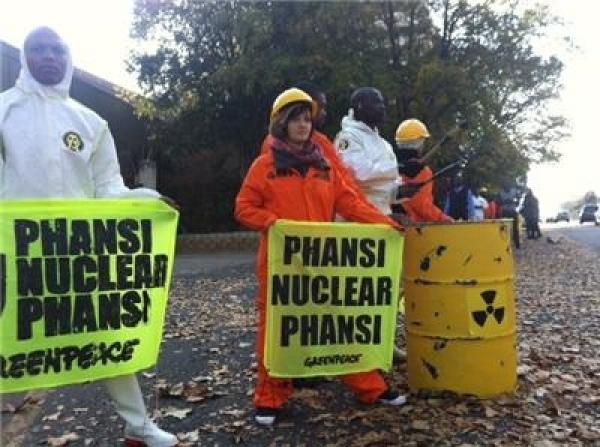activists-protest-secret-nuclear-talks-in-sandton
