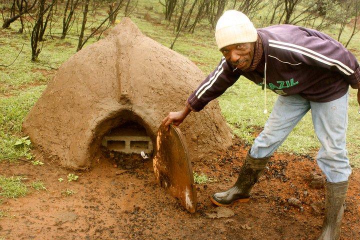 Project Lulutho - bread hut