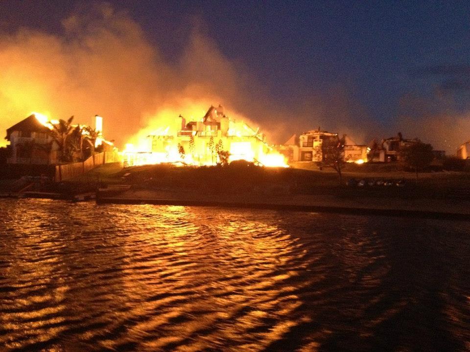St Francis Bay Fire - ablaze3