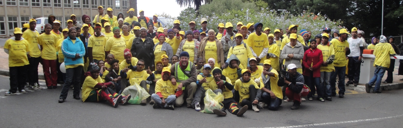 JOHN KIESER AND THE CLEAN UP TEAM OF THE TWO OCEANS MARATHON