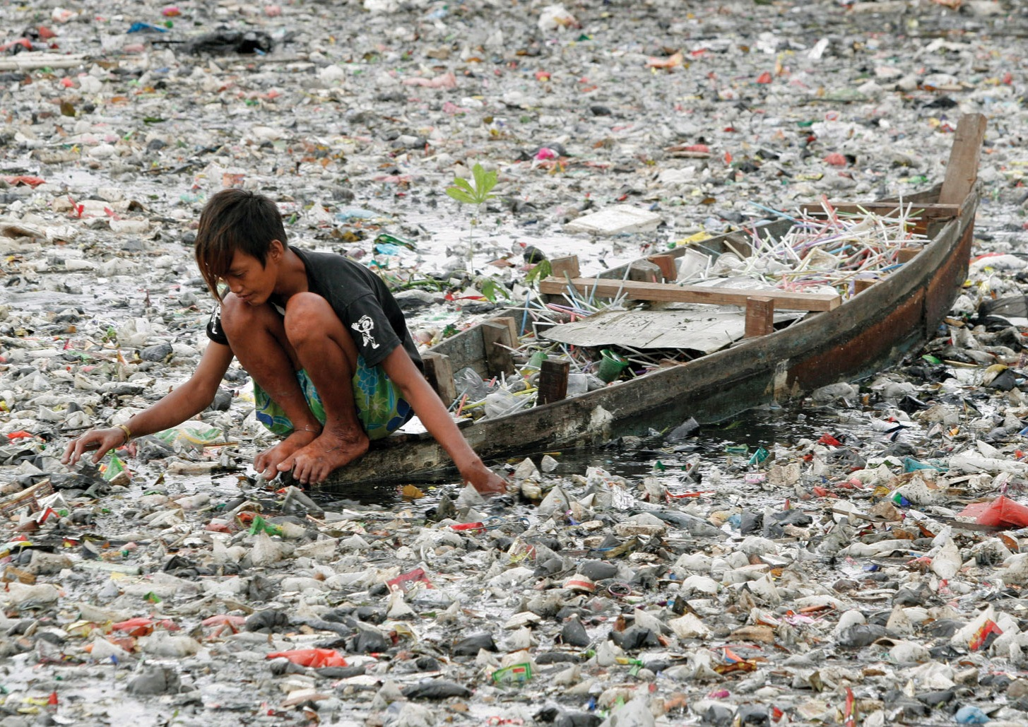 marine debris garbage patch boy