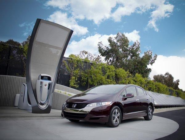 california-awards-$18-million-to-build-hydrogen-fueling-stations