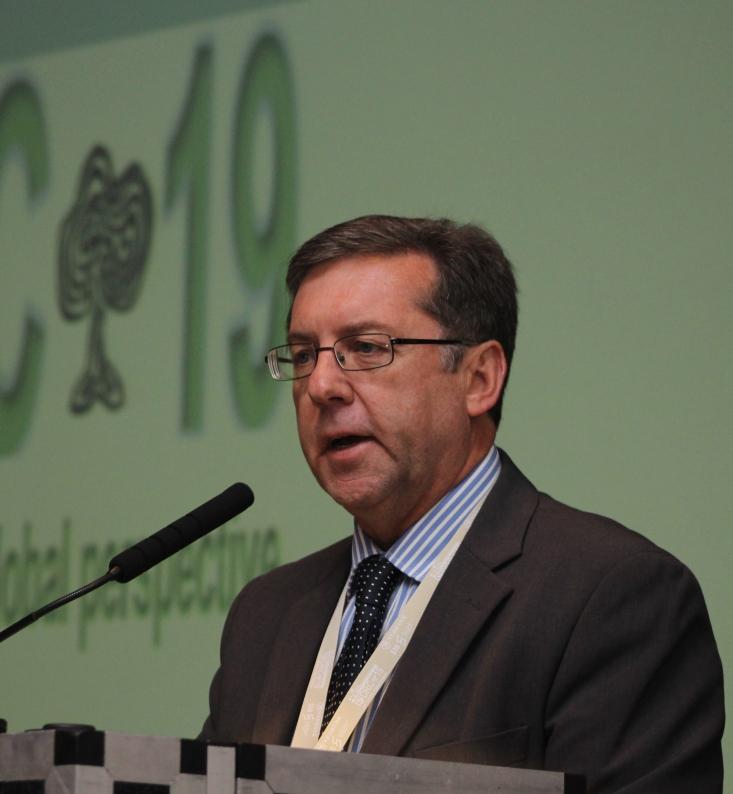 Prof Eugene Cloete