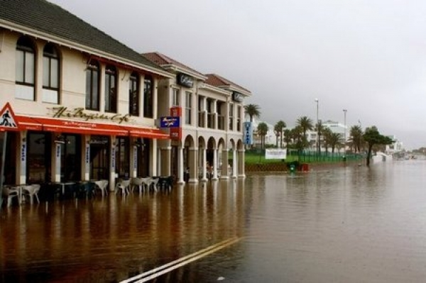 cape-peninsula-anticipates-heavy-rain-and-more-flooding