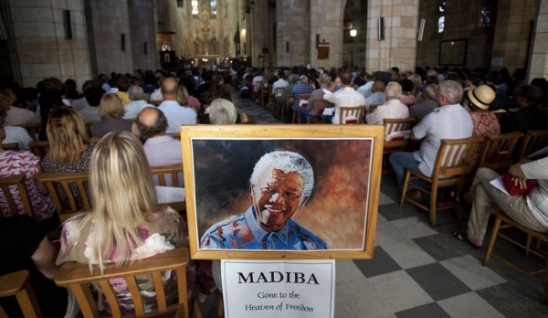 cape-town-city-where-mandela-was-imprisoned-mourns