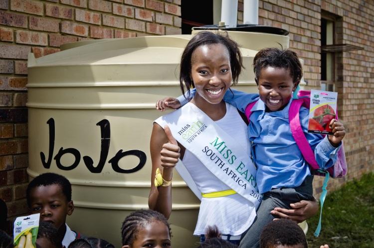 Sharp Sharp for JoJo Tanks and Miss Earth SA at Solwazi Primary in Orange Farm