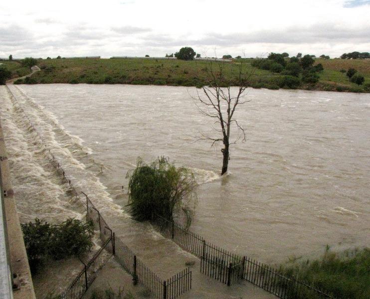 Vaal-Dam-Bridge-Flood