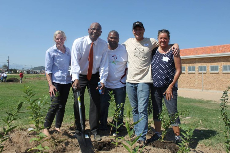 L to R – Louise Duys of Wildlands Conservation Trust, the honourable Mayor Conrad Sidego, Gerald Esau of the Stellenbosch Municipality, Joep Schoof of Spier and Lydia Willems of Leaf a Legacy, proudly stand together in Klapmuts at a tree planting marathon held on the 10th of April.