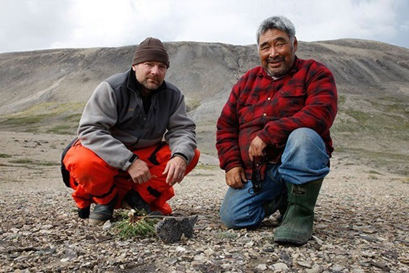 Inuit-Greenpeace-team-to-battle-Arctic-seismic-testing