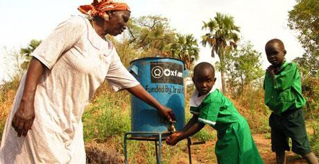 south-sudan-water-children-oxfam-aid