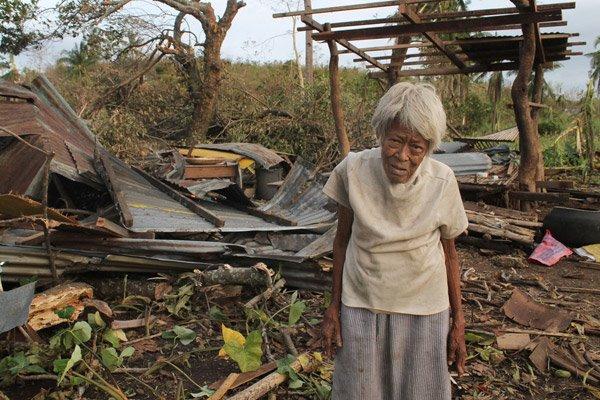 typhoon-haiyan-philippines-2