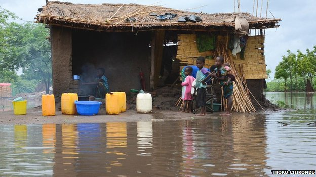 Mozambique and Malawi floods cause havoc