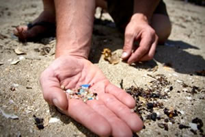 plastic-microbeads-ban-ocean-pollution