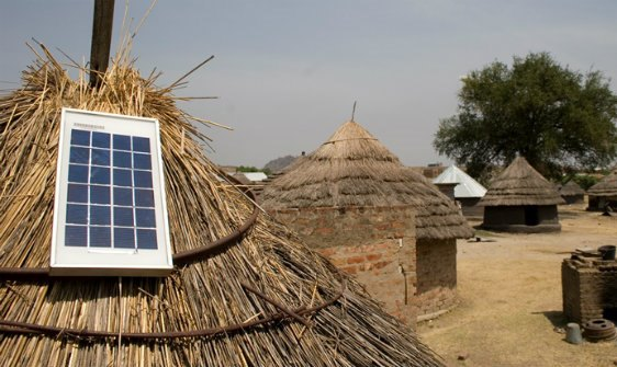 solar-roof-africa-off-grid-power-lighting : off the grid lighting solutions - www.canuckmediamonitor.org