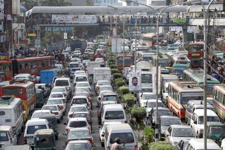 bangladesh heavy traffic climate change2