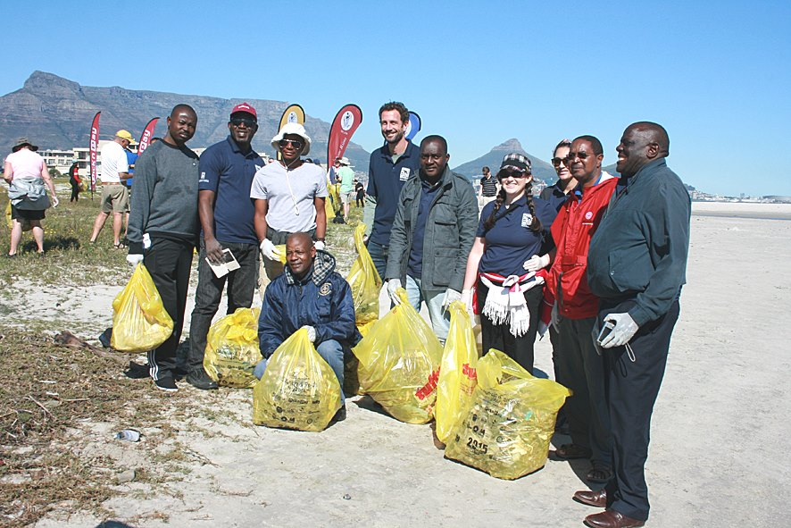 Coastal Clean Up 2015 Plastics SA (5)
