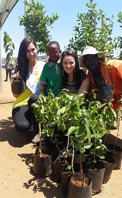 Miss Earth SA plants 21 tress with the Wildlands2