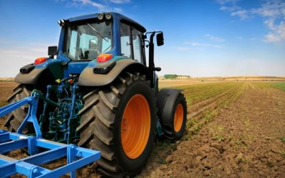agriculture tractor us agribusiness south africa land lakes