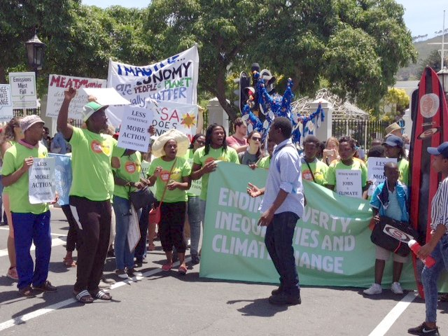 global climate march cape town cop21 -10