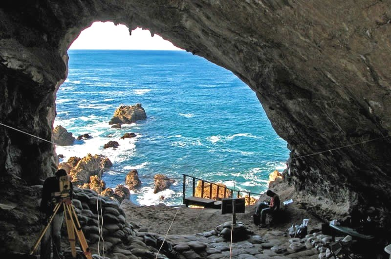 pinnacle point origin mankind mossel bay cave3