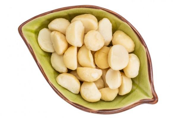 macadamia risk heart disease stroke omega oil good cholesterol