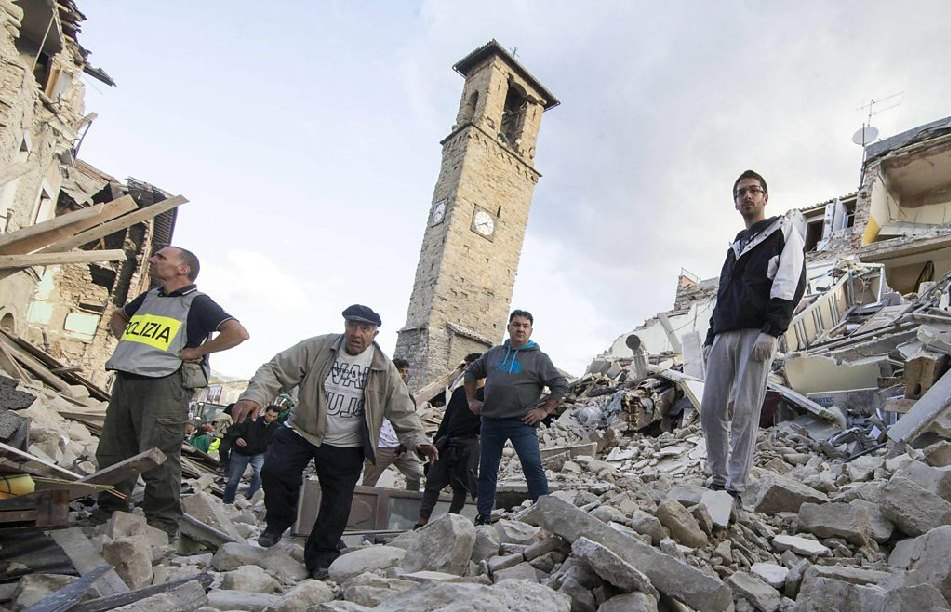 Italy earthquake Death toll 240 rescue efforts -1