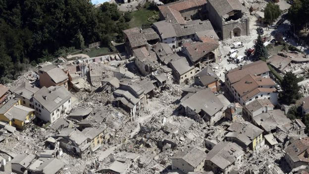 Italy earthquake Death toll 240 rescue efforts -2