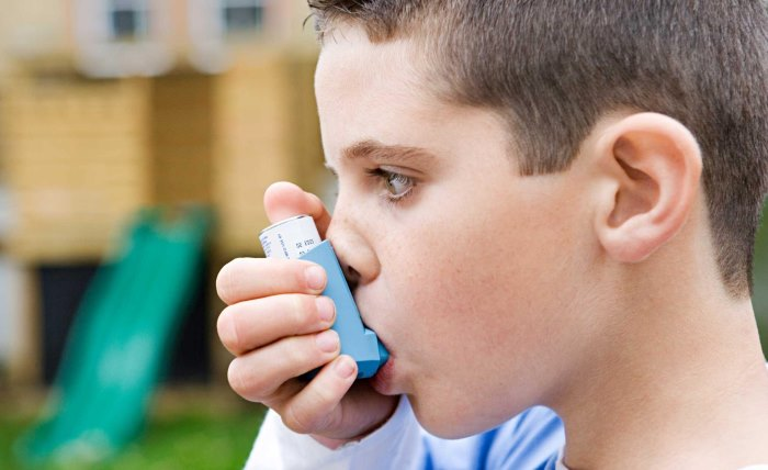 asthma-patient-inhaling-medication-chronic-treatment-disease