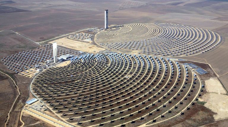solar-energy-egypt-electricity-panels-renewable-economy