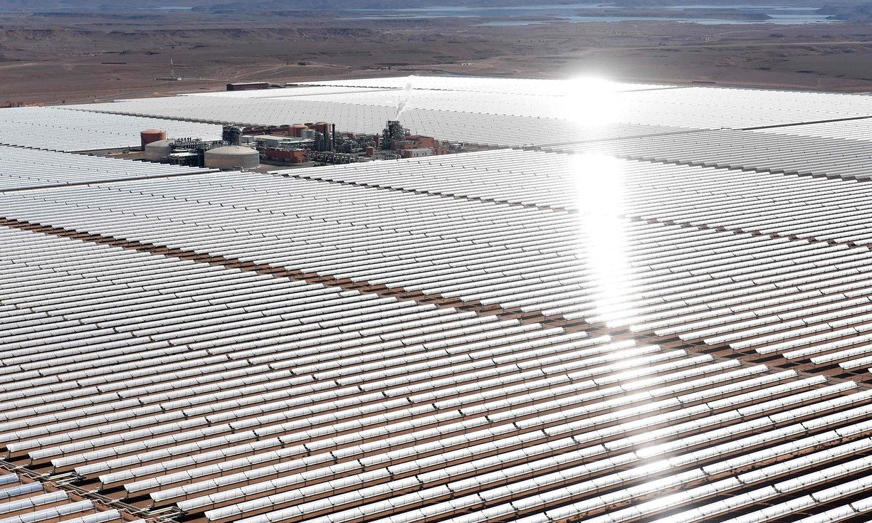 noor-one-concentrated-solar-power-plant