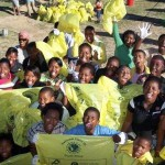 beach-combers-pick-up-400-bags-of-rubbish