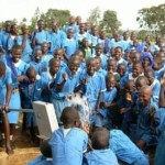 support-hand-pumped-wells-for-africa