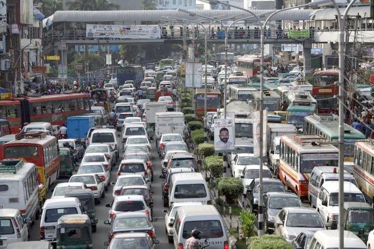 bangladesh heavy traffic climate change2
