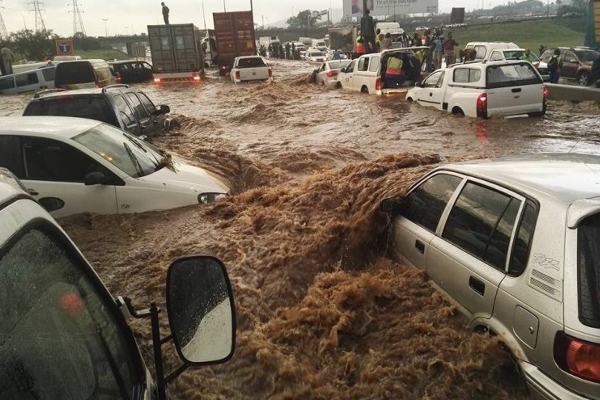 warning-extreme-weather-joburg-thunder-storm-flash-floods-rain